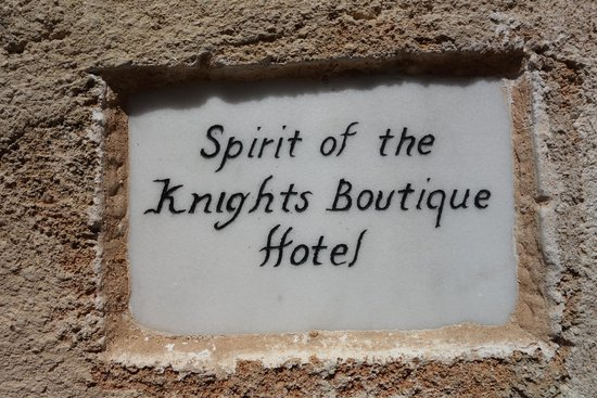 Spirit of the Knights Boutique Hotel : The entrance