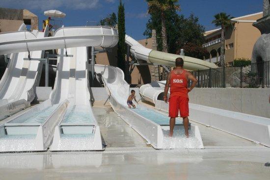 Insotel Cala Mandia Resort & Spa: Glijbanen aquapark