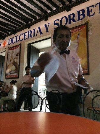 Helados Colon : En los portales de Mérida
