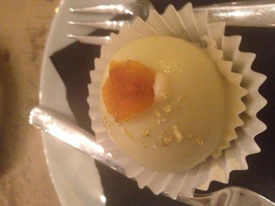 El naranjo de Mamá Chicó: Bombón de zanahoria cortesía del restaurante