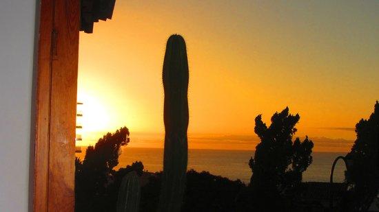 Hotel Puerto de la Cruz: puesta de sol desde el bar
