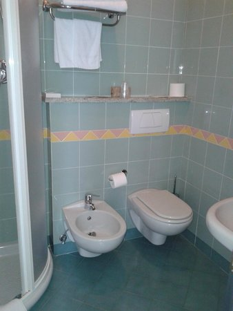 Hotel Palos: Il bagno