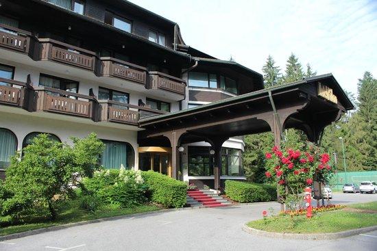 Hotel Ribno : Entrance