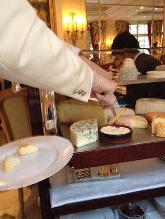 Epicure : Cheese Trolly!