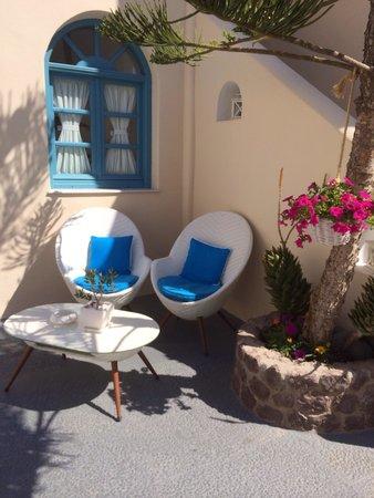 Evgenia Villas & Suites : Reception area