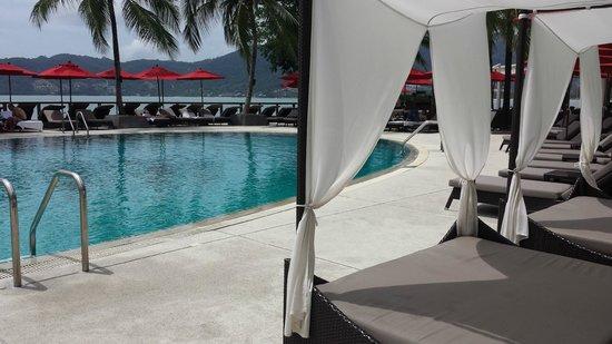 Amari Phuket: Swimming pool area