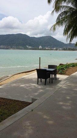 Amari Phuket: Table near the water front