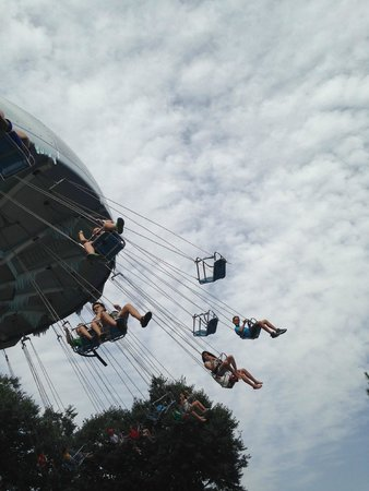 Parque Warner Madrid : Sillas Voladoras