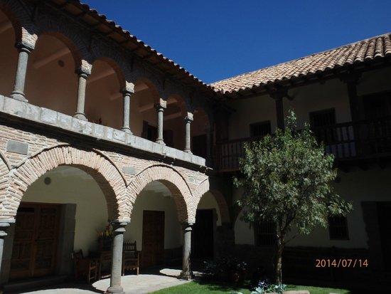 Inkaterra La Casona Relais & Chateaux : Courtyard