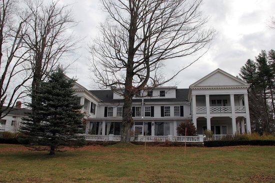 The White House Inn: inn