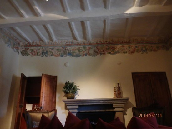 Inkaterra La Casona : Suite 3Visually Exciting Ceiling and Moulding