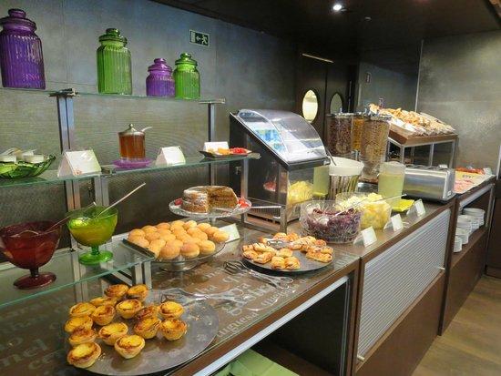 Neya Lisboa Hotel : Hotel breakfast
