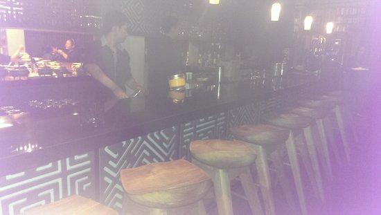 Khaima Restaurant: Bar area