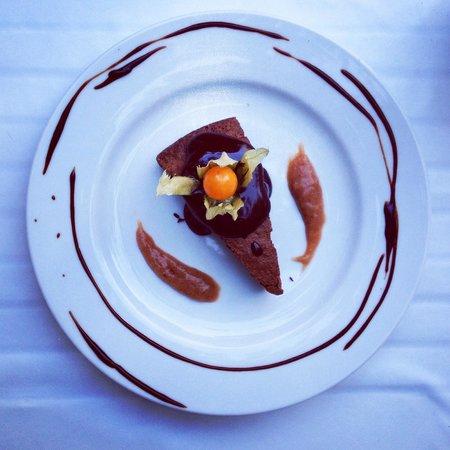 Restaurante Bellaverde: Schokoladenkuchen ❤️
