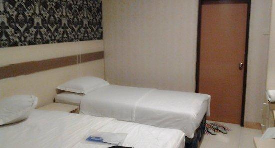Hotel Sinar Tambolaka