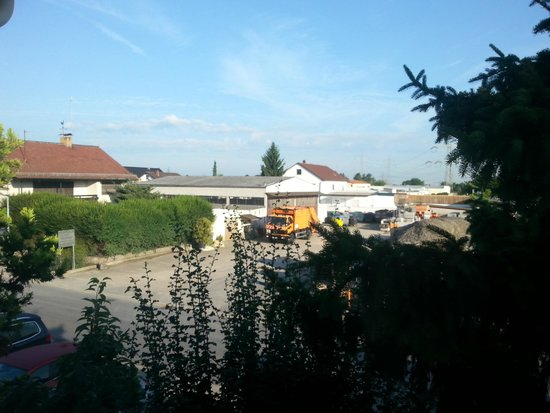 Sandhausen, เยอรมนี: View from window 2