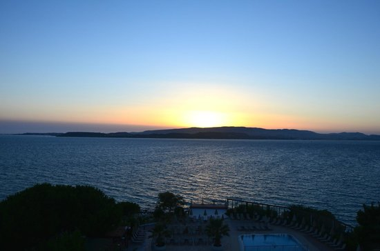 Mediterranee Hotel: Sunset from the room