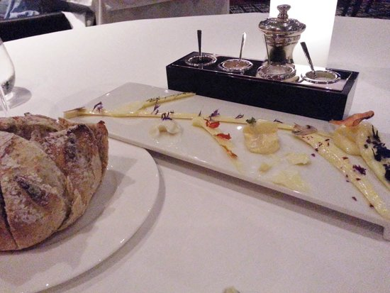 Five Hundred: Complimentary breads with a variety of salts accomponied