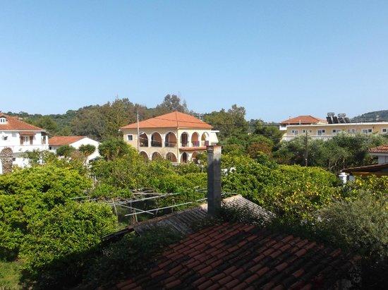 Georgia Apartments : balcony view