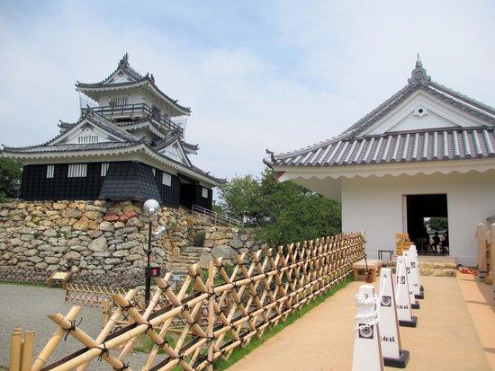 Hamamatsu Castle : 浜松城天守門と天守閣