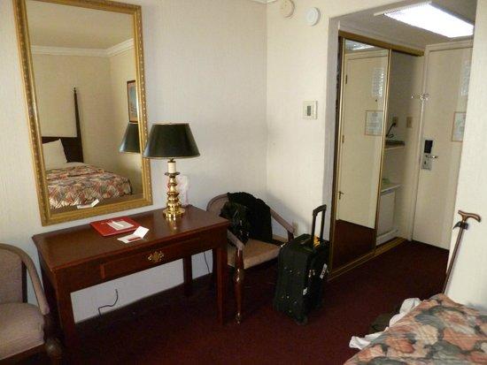 Merced Inn and Suites: Ramada Merced