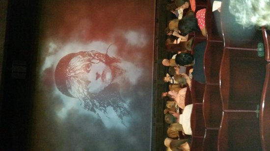 Les Miserables London : View from row J Seats 14-15