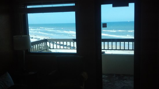 BEST WESTERN New Smyrna Beach Hotel & Suites: view from chair in living area