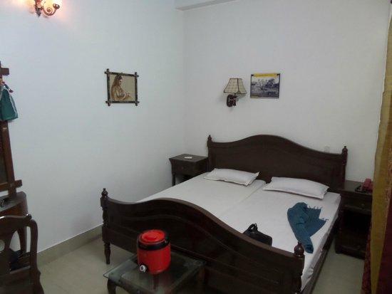 Hotel Bharat Villas : Kamer