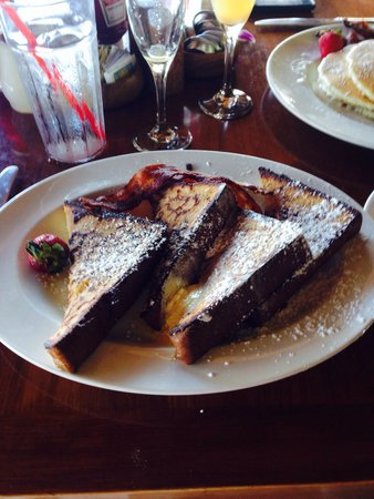 Duke's Beach House : Fantastic French Toast