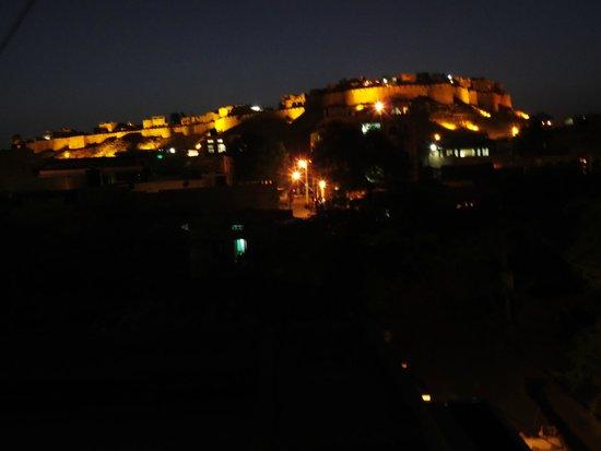 Hotel Bharat Villas : Uitzicht fort terras