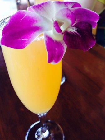 Duke's Beach House : Adorable mimosas