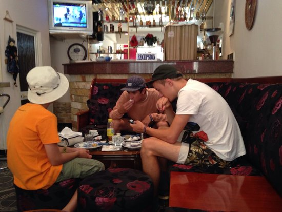 Hotel Pik Loti: Breakfast