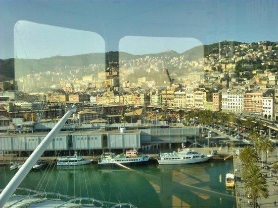 Acquario di Genova : panoramica città