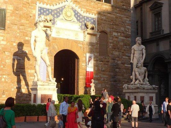 Piazza della Signoria : Scuplture of Peter by Michelangelo