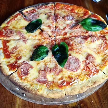 Bali Buda: Pepperoni pizza. Good for 2 people to share with something else on the side.