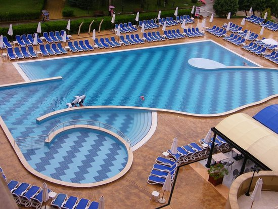 Sol Nessebar Mare: Pool view from the room