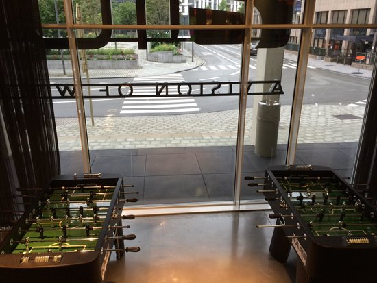 Aloft Brussels Schuman Hotel : More foosball tables.