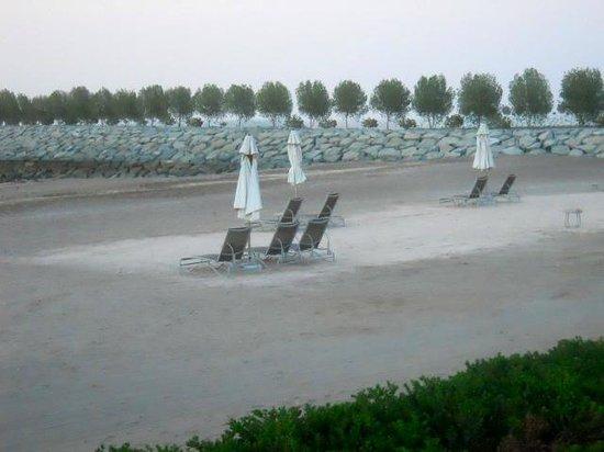 Millennium Resort Mussanah: spiaggia