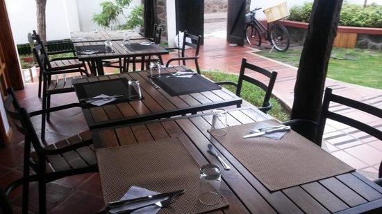 Hotel Galapagos Suites: area colazione