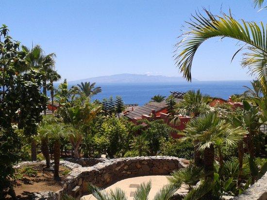The Ritz-Carlton, Abama: Abama y sus jardines