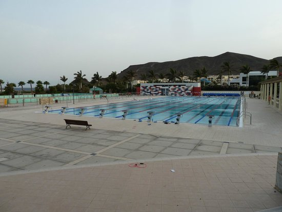 Playitas Aparthotel: der Olympische Pool