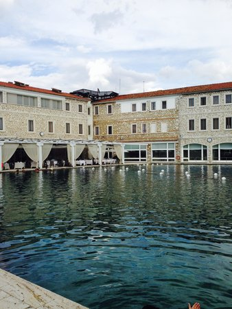 Terme di Saturnia Spa & Golf Resort : La piscina