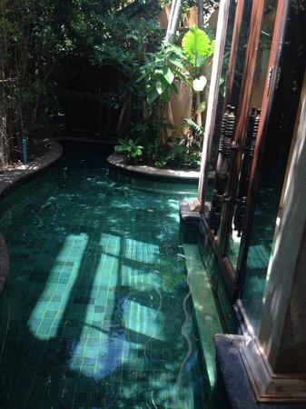 Sawasdee Village: สระว่ายน้ำส่วนตัว สวยงามและสะอาด