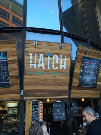Mercure Sydney : Hatch - outside the hotel entrance for great weekday morning coffee