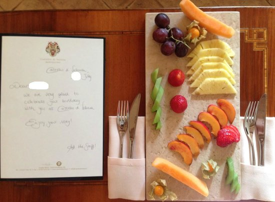 Castello di Velona Resort, Thermal Spa & Winery: Birthday message & fruit plate in room upon arrival