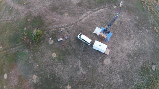 Adventure Balloon Sports : An aerial view above the launch site. Getting it ready.