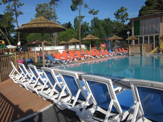 Camping Signol : la piscine 3