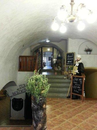 Hotel Arcadie: Lobby & Pizzeria