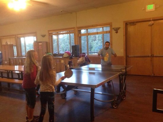 Montecito Sequoia Lodge & Summer Family Camp: With no tv and computer you can really enjoy true family time