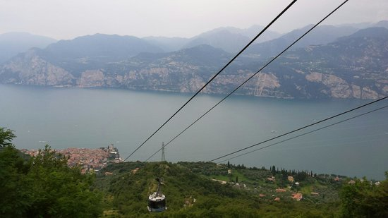 Monte Baldo: Second cable car from middle station to top